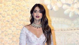 Ileana D'cruz Husband, Age, Images(photos), Marriage, Height, Biography, Sister, Date Of Birth, Net Worth, Family, Child, Details, Education, Yoga, Instagram, Wiki, Twitter, Awards, Facebook, ( (43)