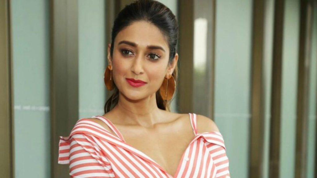 Ileana D'cruz Husband, Age, Images(photos), Marriage, Height, Biography, Sister, Date Of Birth, Net Worth, Family, Child, Details, Education, Yoga, Instagram, Wiki, Twitter, Awards, Facebook, ( (63)
