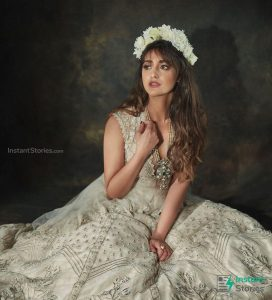 Ileana D'cruz Husband, Age, Images(photos), Marriage, Height, Biography, Sister, Date Of Birth, Net Worth, Family, Child, Details, Education, Yoga, Instagram, Wiki, Twitter, Awards, Facebook, ( (7)