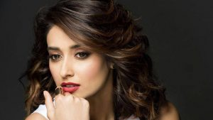 Ileana D'cruz Husband, Age, Images(photos), Marriage, Height, Biography, Sister, Date Of Birth, Net Worth, Family, Child, Details, Education, Yoga, Instagram, Wiki, Twitter, Awards, Facebook, ( (73)