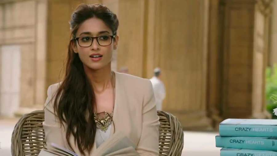Ileana D'cruz Husband, Age, Images(photos), Marriage, Height, Biography, Sister, Date Of Birth, Net Worth, Family, Child, Details, Education, Yoga, Instagram, Wiki, Twitter, Awards, Facebook, ( (81)
