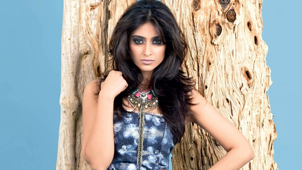 Ileana D'cruz Husband, Age, Images(photos), Marriage, Height, Biography, Sister, Date Of Birth, Net Worth, Family, Child, Details, Education, Yoga, Instagram, Wiki, Twitter, Awards, Facebook, ( (85)