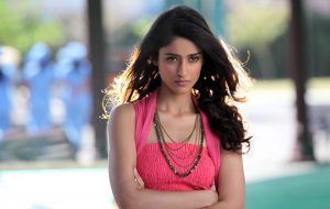 Ileana D'cruz Husband, Age, Images(photos), Marriage, Height, Biography, Sister, Date Of Birth, Net Worth, Family, Child, Details, Education, Yoga, Instagram, Wiki, Twitter, Awards, Facebook, ( (93)