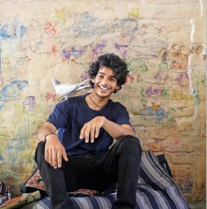 Ishaan Khattar Mother, Family, Height, Age, Father, Biography, Brother, Photos(images), Birthday, Girlfriend, Net Worth, Instagram, Twitter, Facebook, Imdb, Wiki, History (1)