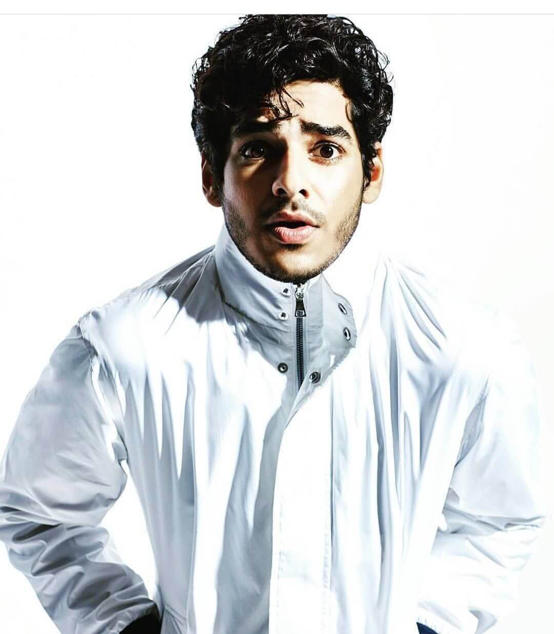 Ishaan Khattar Mother, Family, Height, Age, Father, Biography, Brother, Photos(images), Birthday, Girlfriend, Net Worth, Instagram, Twitter, Facebook, Imdb, Wiki, History (17)