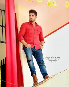 Jassie Gill Song, Photos(images), Hairstyle, Wife, Age, Biography, Birthday, Height, Family, Girlfriend, Education, Net Worth, Website, Wiki, Twitter, Instagram, Imdb, Youtube, Facebook (12)