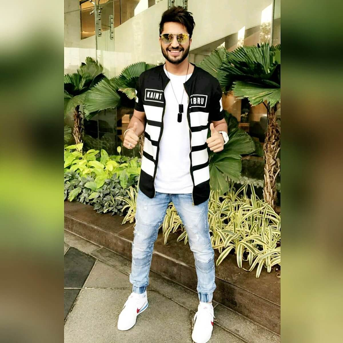 Jassie Gill Song, Photos(images), Hairstyle, Wife, Age, Biography, Birthday, Height, Family, Girlfriend, Education, Net Worth, Website, Wiki, Twitter, Instagram, Imdb, Youtube, Facebook (17)
