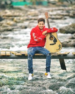 Jassie Gill Song, Photos(images), Hairstyle, Wife, Age, Biography, Birthday, Height, Family, Girlfriend, Education, Net Worth, Website, Wiki, Twitter, Instagram, Imdb, Youtube, Facebook (20)