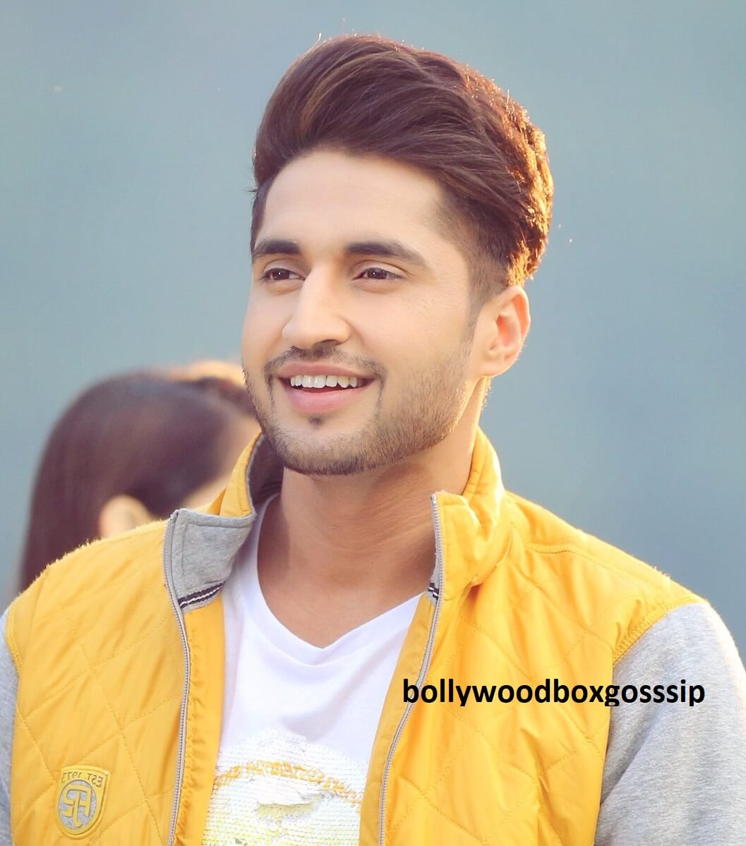 Jassie Gill Song, Photos(images), Hairstyle, Wife, Age, Biography, Birthday, Height, Family, Girlfriend, Education, Net Worth, Website, Wiki, Twitter, Instagram, Imdb, Youtube, Facebook (24)