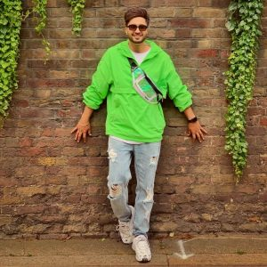 Jassie Gill Song, Photos(images), Hairstyle, Wife, Age, Biography, Birthday, Height, Family, Girlfriend, Education, Net Worth, Website, Wiki, Twitter, Instagram, Imdb, Youtube, Facebook (28)