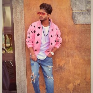 Jassie Gill Song, Photos(images), Hairstyle, Wife, Age, Biography, Birthday, Height, Family, Girlfriend, Education, Net Worth, Website, Wiki, Twitter, Instagram, Imdb, Youtube, Facebook (30)