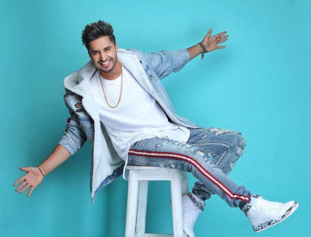 Jassie Gill Song, Photos(images), Hairstyle, Wife, Age, Biography, Birthday, Height, Family, Girlfriend, Education, Net Worth, Website, Wiki, Twitter, Instagram, Imdb, Youtube, Facebook (40)