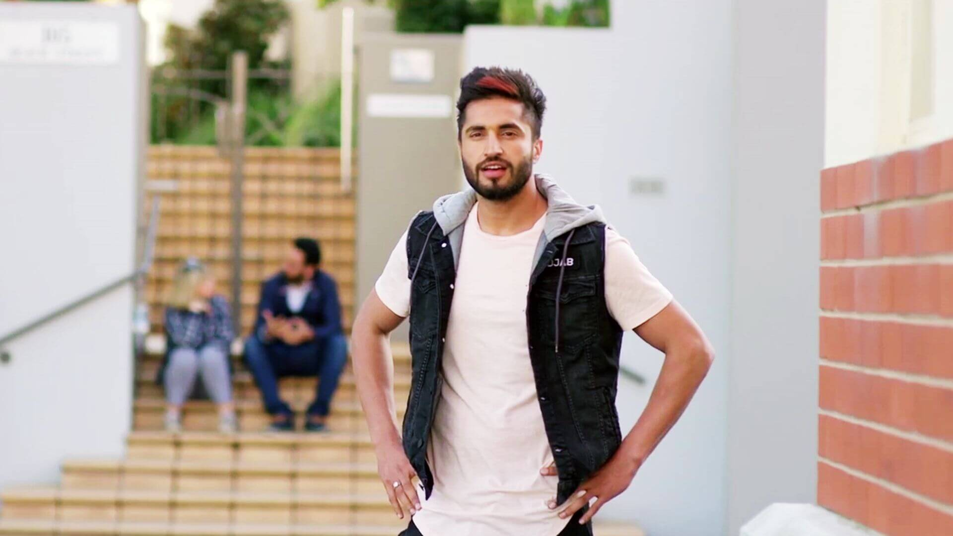 Jassie Gill Song, Photos(images), Hairstyle, Wife, Age, Biography, Birthday, Height, Family, Girlfriend, Education, Net Worth, Website, Wiki, Twitter, Instagram, Imdb, Youtube, Facebook (45)