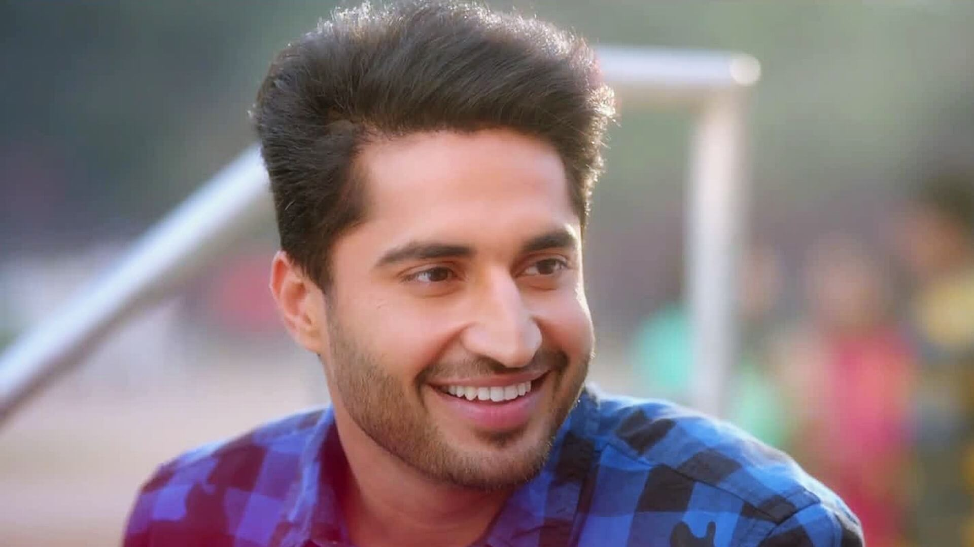 Jassie Gill Song, Photos(images), Hairstyle, Wife, Age, Biography, Birthday, Height, Family, Girlfriend, Education, Net Worth, Website, Wiki, Twitter, Instagram, Imdb, Youtube, Facebook (57)