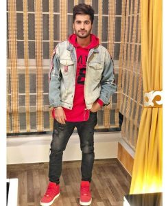 Jassie Gill Song, Photos(images), Hairstyle, Wife, Age, Biography, Birthday, Height, Family, Girlfriend, Education, Net Worth, Website, Wiki, Twitter, Instagram, Imdb, Youtube, Facebook (59)