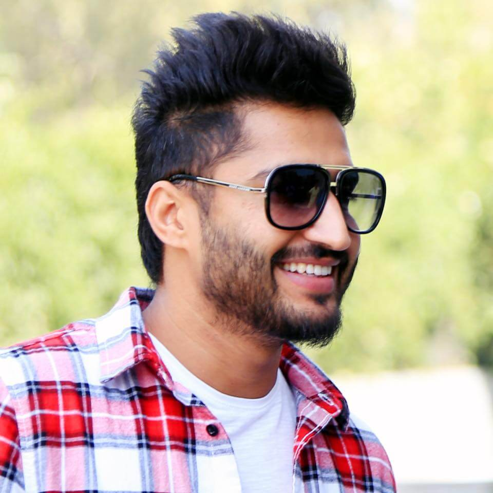 Jassie Gill Song, Photos(images), Hairstyle, Wife, Age, Biography, Birthday, Height, Family, Girlfriend, Education, Net Worth, Website, Wiki, Twitter, Instagram, Imdb, Youtube, Facebook (9)