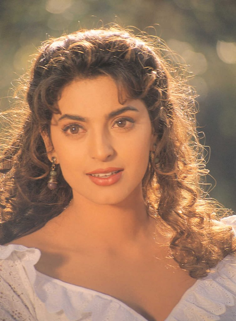 Juhi Chawla Photos, Daughter, Husband, Age, Family, Kids, Date Of Birth, Biography, Height, Miss India, Marriage, Son, Awards, Education, Net Worth, Details, Instagram, Wiki, Facebook, Twitt