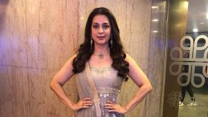 Juhi Chawla Photos, Daughter, Husband, Age, Family, Kids, Date Of Birth, Biography, Height, Miss India, Marriage, Son, Awards, Education, Net Worth, Details, Instagram, Wiki, Facebook, Twitter, (1)