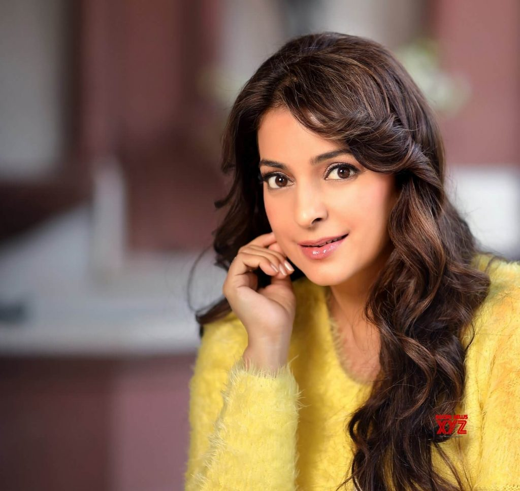 Juhi Chawla Photos, Daughter, Husband, Age, Family, Kids, Date Of Birth, Biography, Height, Miss India, Marriage, Son, Awards, Education, Net Worth, Details, Instagram, Wiki, Facebook, Twitter, ( (18)