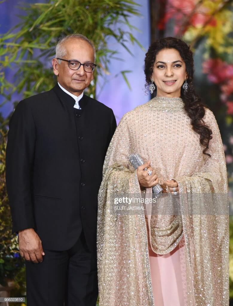 Juhi Chawla Photos, Daughter, Husband, Age, Family, Kids, Date Of Birth, Biography, Height, Miss India, Marriage, Son, Awards, Education, Net Worth, Details, Instagram, Wiki, Facebook, Twitter, ( (27)