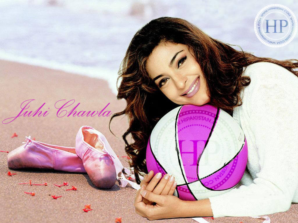Juhi Chawla Photos, Daughter, Husband, Age, Family, Kids, Date Of Birth, Biography, Height, Miss India, Marriage, Son, Awards, Education, Net Worth, Details, Instagram, Wiki, Facebook, Twitter, ( (28)