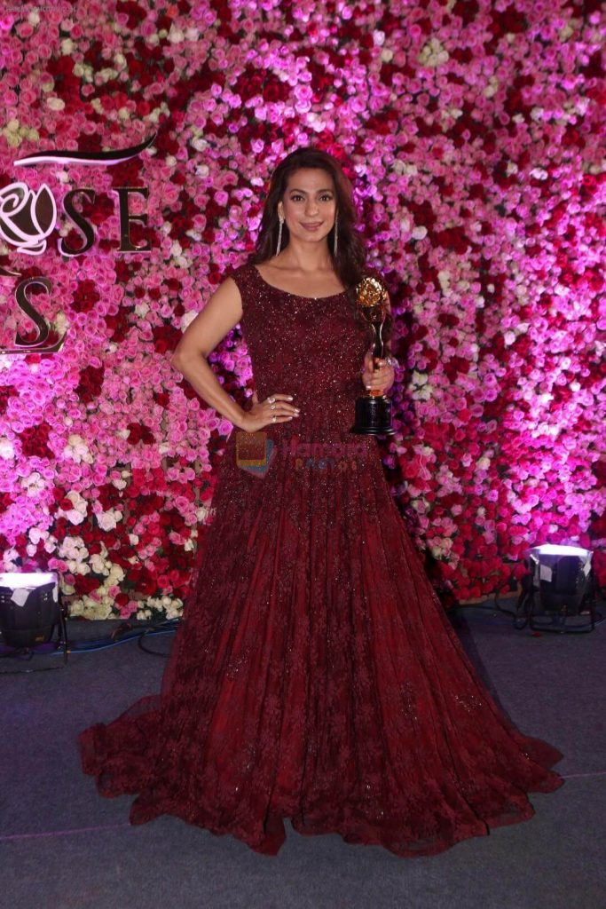 Juhi Chawla Photos, Daughter, Husband, Age, Family, Kids, Date Of Birth, Biography, Height, Miss India, Marriage, Son, Awards, Education, Net Worth, Details, Instagram, Wiki, Facebook, Twitter, ( (29)