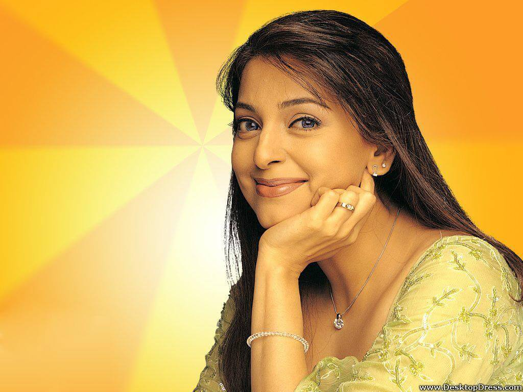 Juhi Chawla Photos, Daughter, Husband, Age, Family, Kids, Date Of Birth, Biography, Height, Miss India, Marriage, Son, Awards, Education, Net Worth, Details, Instagram, Wiki, Facebook, Twitter, ( (56)