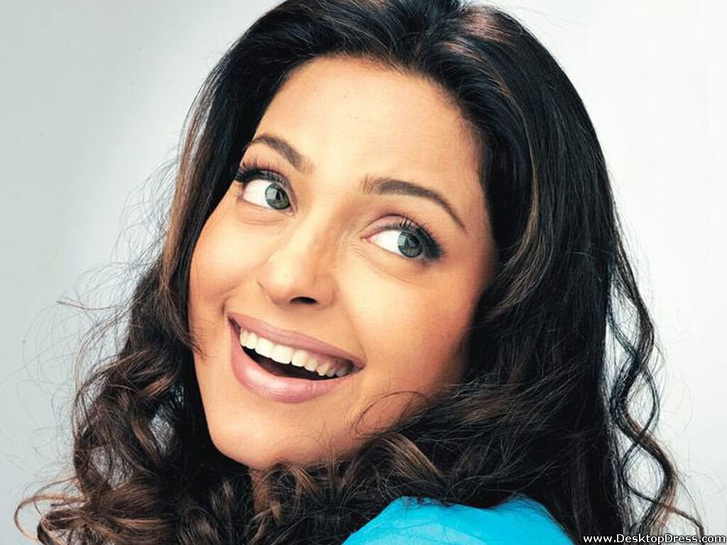 Juhi Chawla Photos, Daughter, Husband, Age, Family, Kids, Date Of Birth, Biography, Height, Miss India, Marriage, Son, Awards, Education, Net Worth, Details, Instagram, Wiki, Facebook, Twitter, ( (58)