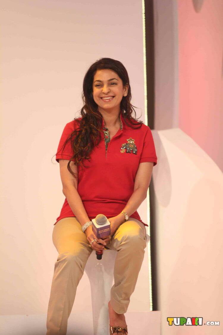 Juhi Chawla Photos, Daughter, Husband, Age, Family, Kids, Date Of Birth, Biography, Height, Miss India, Marriage, Son, Awards, Education, Net Worth, Details, Instagram, Wiki, Facebook, Twitter, ( (82)