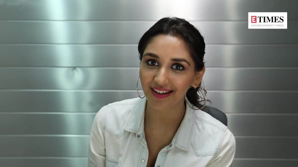 Nikita Dutta Age, Biography, Photos(images), Father, Birthday, Education, Family, Height, Net Worth, Boyfriend, Instagram, Wiki, Facebook, Imdb, Twitter (14)