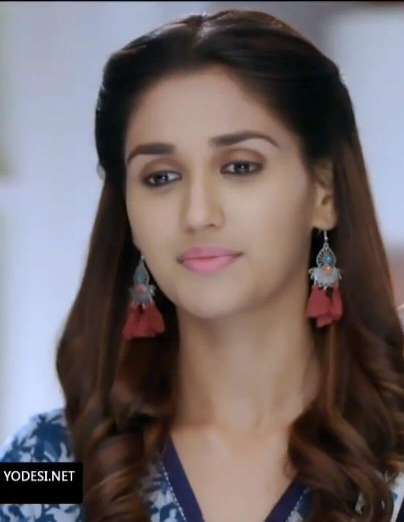 Nikita Dutta Age, Biography, Photos(images), Father, Birthday, Education, Family, Height, Net Worth, Boyfriend, Instagram, Wiki, Facebook, Imdb, Twitter (33)