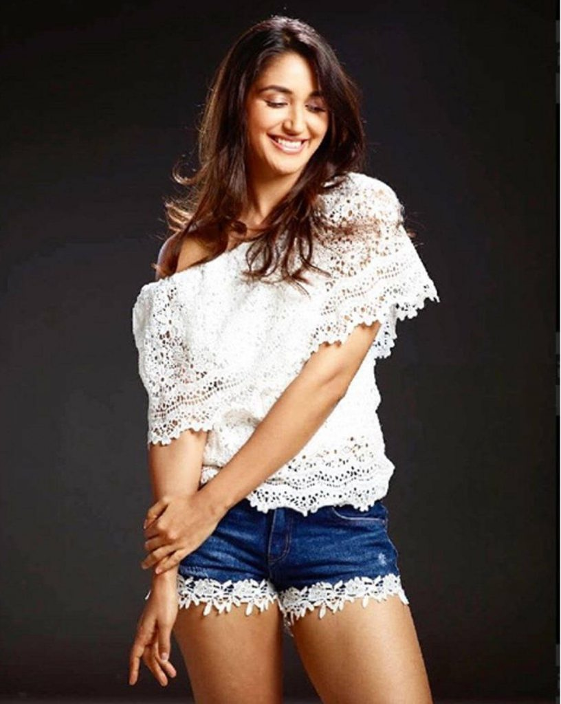 Nikita Dutta Age, Biography, Photos(images), Father, Birthday, Education, Family, Height, Net Worth, Boyfriend, Instagram, Wiki, Facebook, Imdb, Twitter (43)