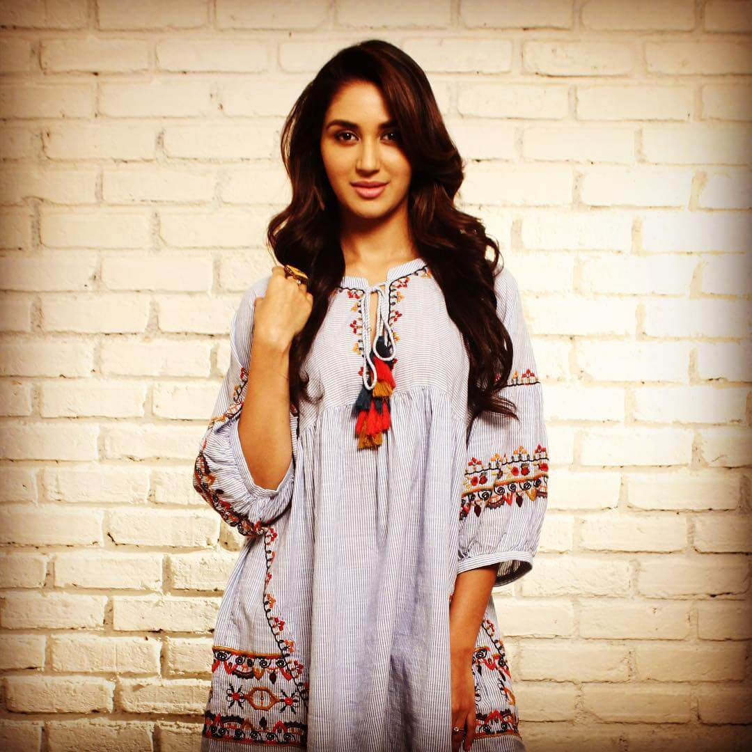 Nikita Dutta Age, Biography, Photos(images), Father, Birthday, Education, Family, Height, Net Worth, Boyfriend, Instagram, Wiki, Facebook, Imdb, Twitter (56)
