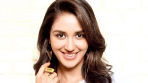 Nikita Dutta Age, Biography, Photos(images), Father, Birthday, Education, Family, Height, Net Worth, Boyfriend, Instagram, Wiki, Facebook, Imdb, Twitter (59)