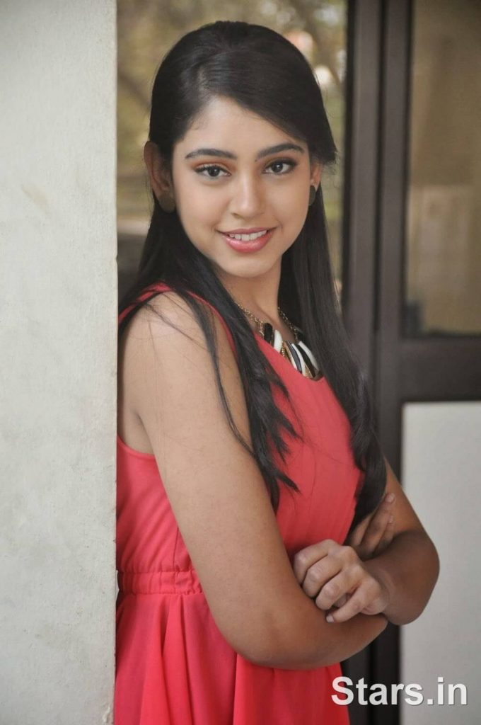 Niti Taylor Engagement, Biography, Height, Age, Images(photos), Marriage, Birthday, Husband, App, Hairstyle, Education, Net Worth, Family, Details, Instagram, Twitter, Wiki, Facebook, Imdb (12)