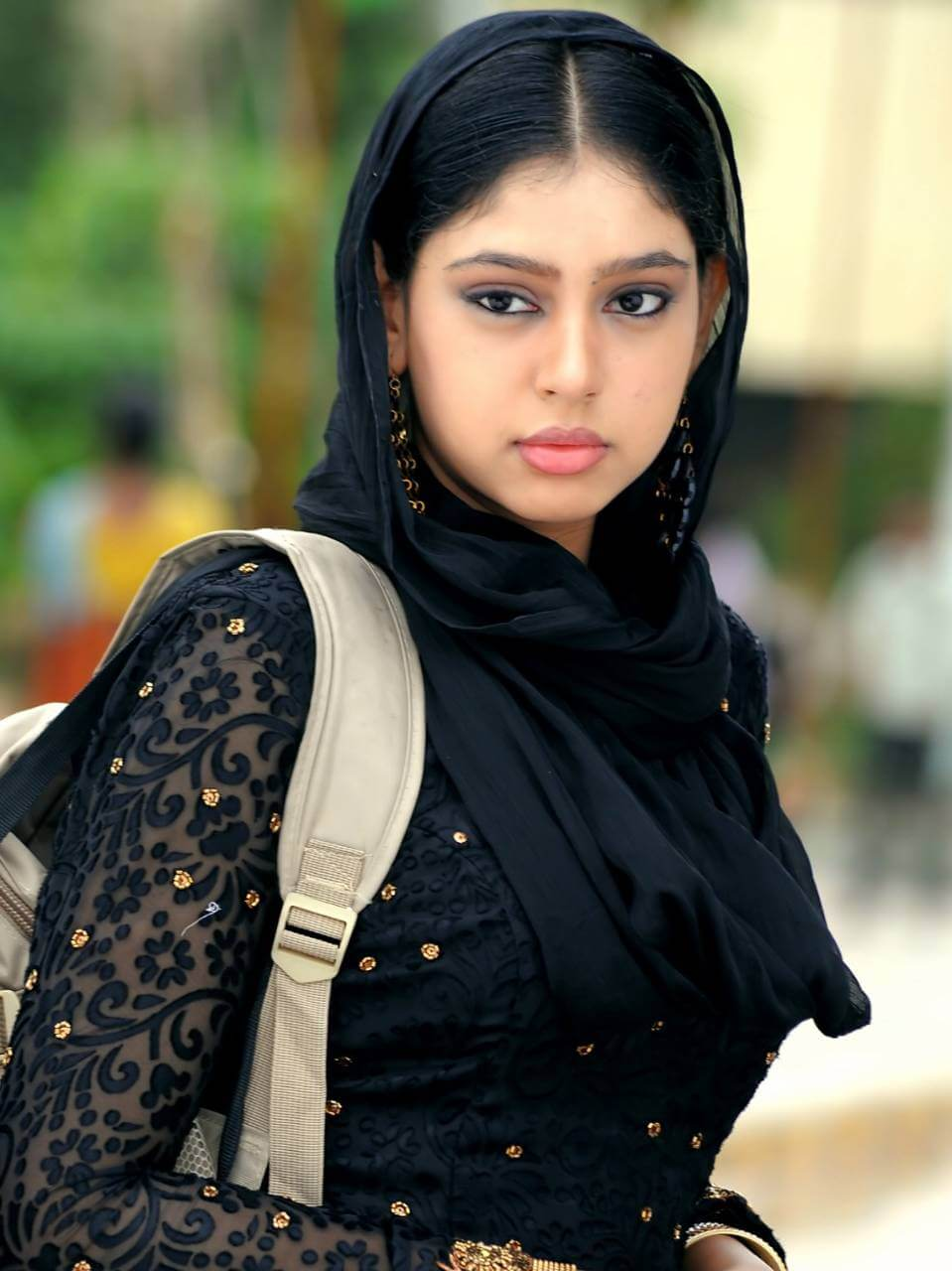 Niti Taylor Engagement, Biography, Height, Age, Images(photos), Marriage, Birthday, Husband, App, Hairstyle, Education, Net Worth, Family, Details, Instagram, Twitter, Wiki, Facebook, Imdb (22)