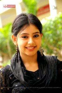 Niti Taylor Engagement, Biography, Height, Age, Images(photos), Marriage, Birthday, Husband, App, Hairstyle, Education, Net Worth, Family, Details, Instagram, Twitter, Wiki, Facebook, Imdb (25)