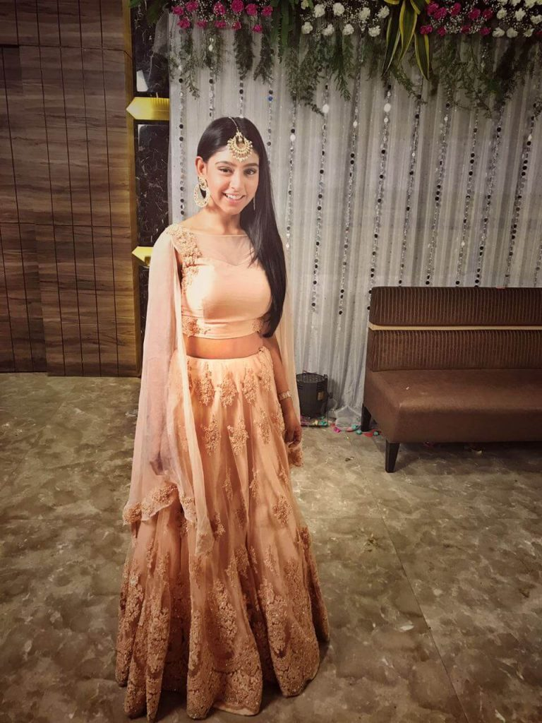 Niti Taylor Engagement, Biography, Height, Age, Images(photos), Marriage, Birthday, Husband, App, Hairstyle, Education, Net Worth, Family, Details, Instagram, Twitter, Wiki, Facebook, Imdb (34)