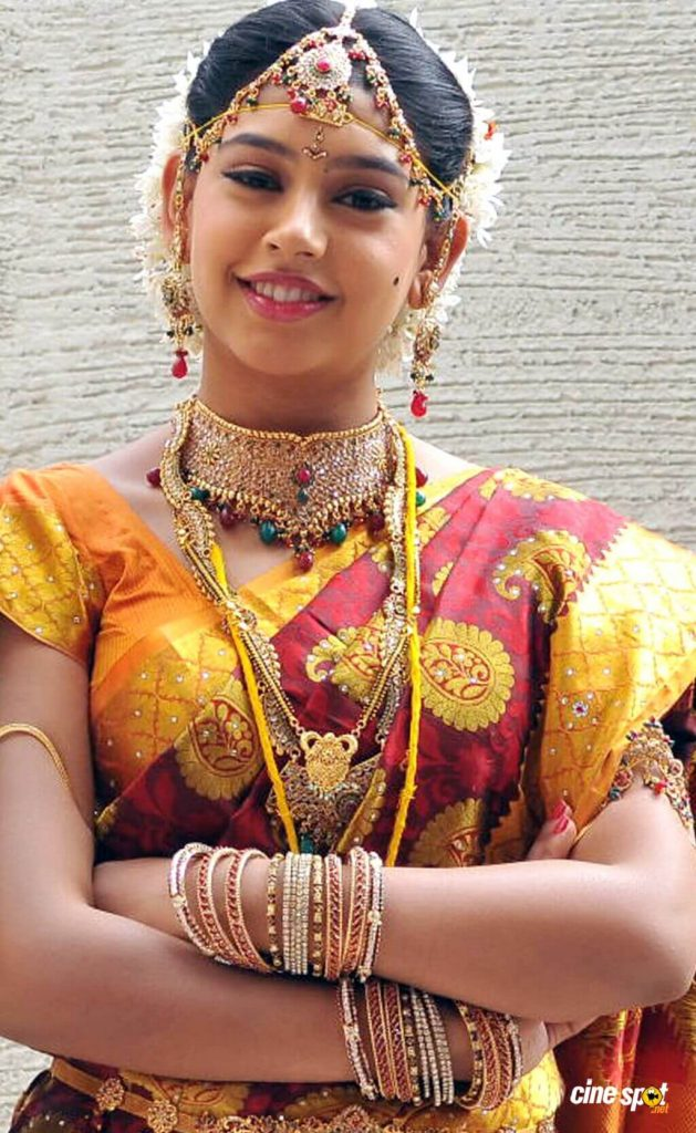 Niti Taylor Engagement, Biography, Height, Age, Images(photos), Marriage, Birthday, Husband, App, Hairstyle, Education, Net Worth, Family, Details, Instagram, Twitter, Wiki, Facebook, Imdb (39)