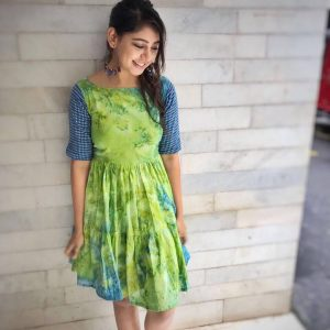 Niti Taylor Engagement, Biography, Height, Age, Images(photos), Marriage, Birthday, Husband, App, Hairstyle, Education, Net Worth, Family, Details, Instagram, Twitter, Wiki, Facebook, Imdb (5)