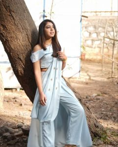 Niti Taylor Engagement, Biography, Height, Age, Images(photos), Marriage, Birthday, Husband, App, Hairstyle, Education, Net Worth, Family, Details, Instagram, Twitter, Wiki, Facebook, Imdb (50)