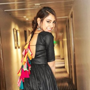 Niti Taylor Engagement, Biography, Height, Age, Images(photos), Marriage, Birthday, Husband, App, Hairstyle, Education, Net Worth, Family, Details, Instagram, Twitter, Wiki, Facebook, Imdb (51)