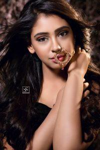 Niti Taylor Engagement, Biography, Height, Age, Images(photos), Marriage, Birthday, Husband, App, Hairstyle, Education, Net Worth, Family, Details, Instagram, Twitter, Wiki, Facebook, Imdb (59)