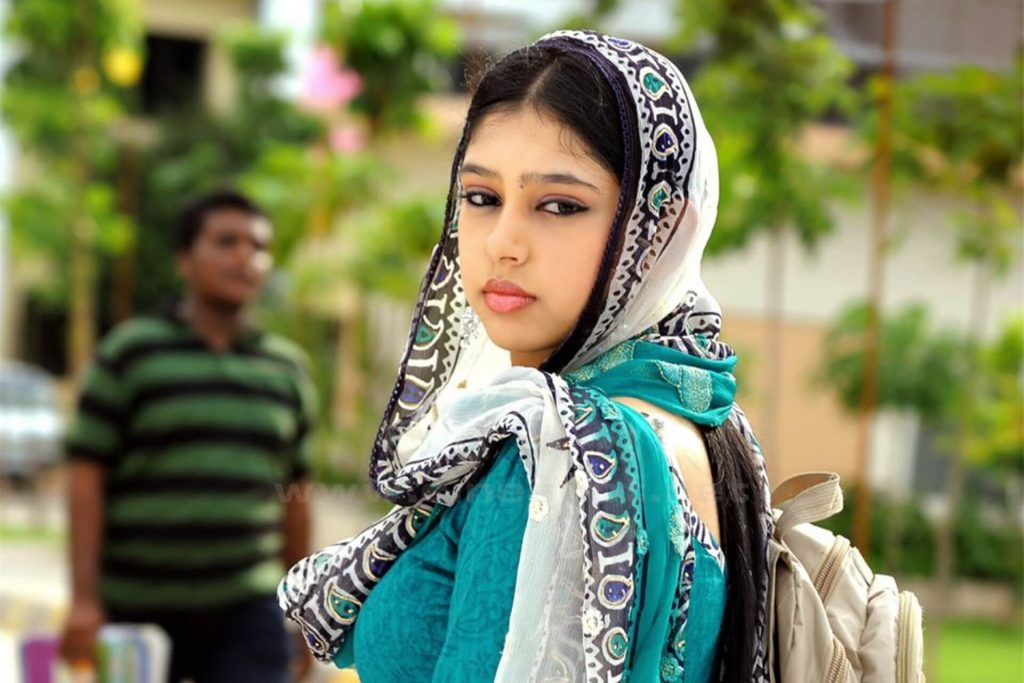 Niti Taylor Engagement, Biography, Height, Age, Images(photos), Marriage, Birthday, Husband, App, Hairstyle, Education, Net Worth, Family, Details, Instagram, Twitter, Wiki, Facebook, Imdb (63)