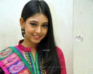 Niti Taylor Engagement, Biography, Height, Age, Images(photos), Marriage, Birthday, Husband, App, Hairstyle, Education, Net Worth, Family, Details, Instagram, Twitter, Wiki, Facebook, Imdb (7)