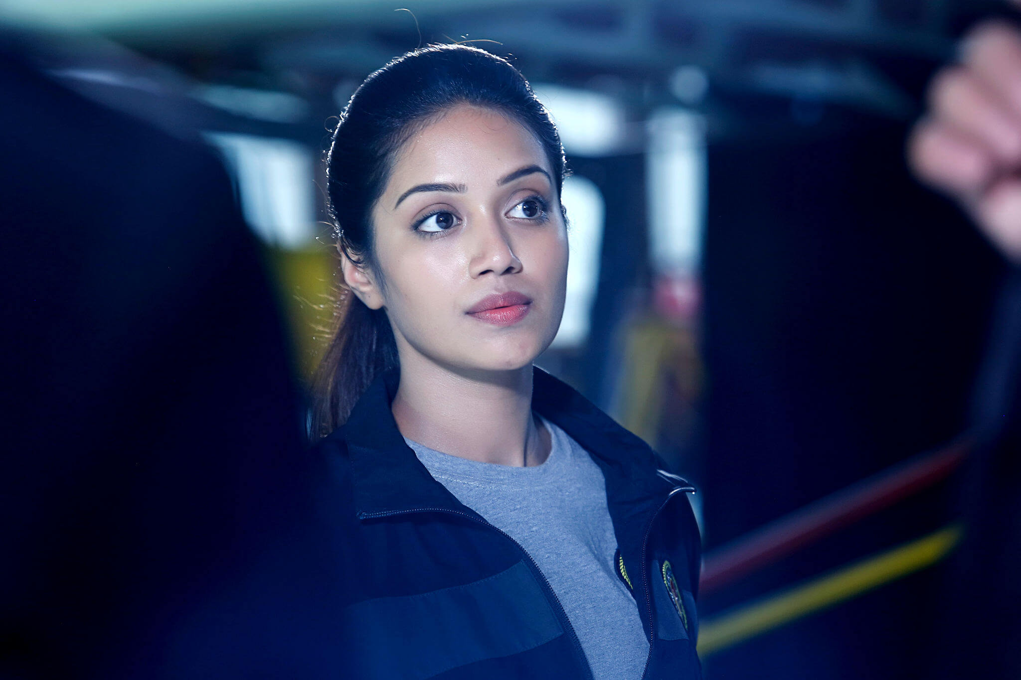 Nivetha Pethuraj Date Of Birth, Wallpapers, Age, Biography, Net Worth, Height, Education, Wiki, Facebook, Twitter, Imdb, Instagram, Youtube (6)