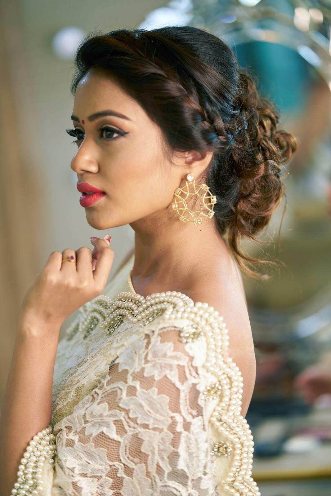 Nivetha Pethuraj Date Of Birth, Wallpapers, Age, Biography, Net Worth, Height, Education, Wiki, Facebook, Twitter, Imdb, Instagram, Youtube (7)