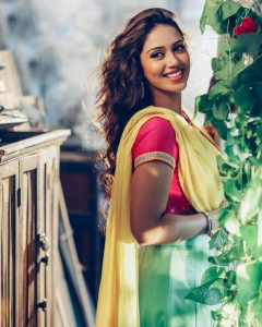 Nivetha Pethuraj Date Of Birth, Wallpapers, Age, Biography, Net Worth, Height, Education, Wiki, Facebook, Twitter, Imdb, Instagram, Youtube (9)