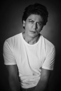 Shahrukh Khan Photo(images), Wife, Age, Son, Net Worth, Height, Daughter, Birth Date, Family, Biography, Children, Hairstyle, Education, Awards, Details, Instagram, Wiki. Twitter, Facebook, Im ( (18)