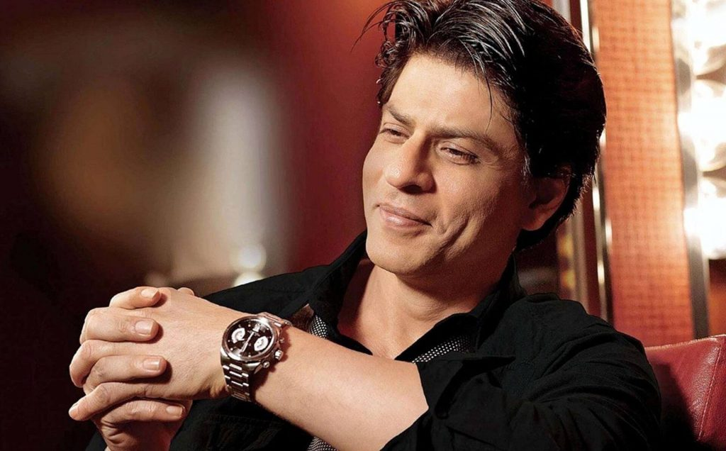 Shahrukh Khan Photo(images), Wife, Age, Son, Net Worth, Height, Daughter, Birth Date, Family, Biography, Children, Hairstyle, Education, Awards, Details, Instagram, Wiki. Twitter, Facebook, Im ( (22)